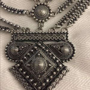 !MAKE AN OFFER! Silver Decor Forever 21 Necklace